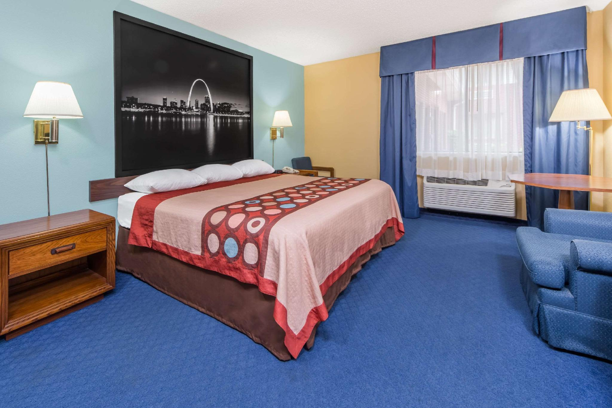 1 King Bed, Mobility Accessible Room, Non-Smoking