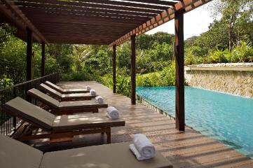 Amara Sanctuary Resort Sentosa (SG Clean Certified)