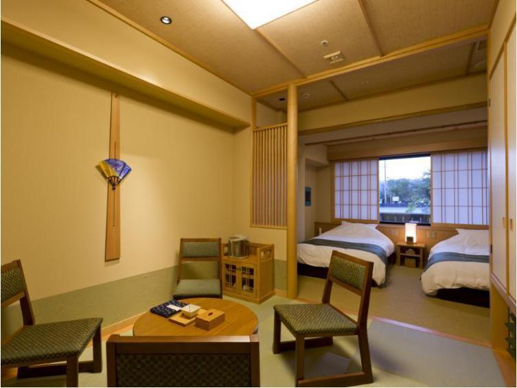 京都嵐山温泉花伝抄