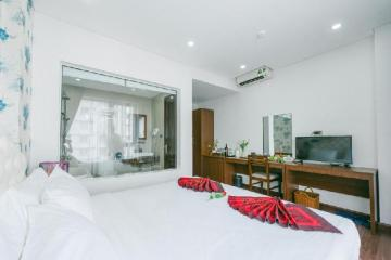 Hotel New Century Cau Giay