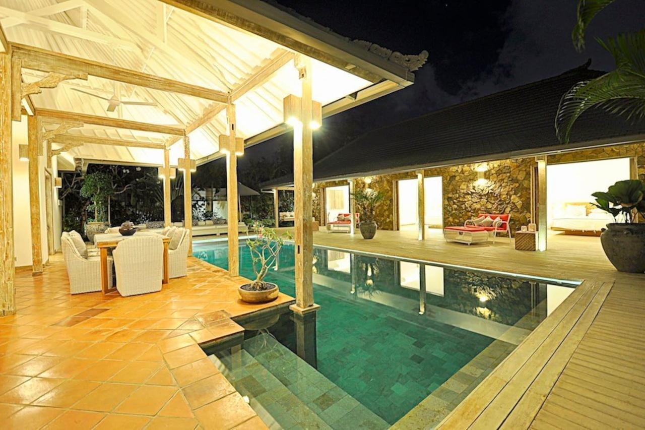 Elegant 4BR Villa in Seminyak - Centrally located, Badung