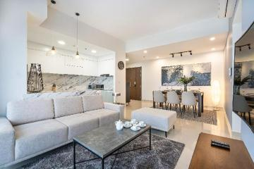 DOWNTOWN 3BR, ROOFTOP, FREE POOL & GYM