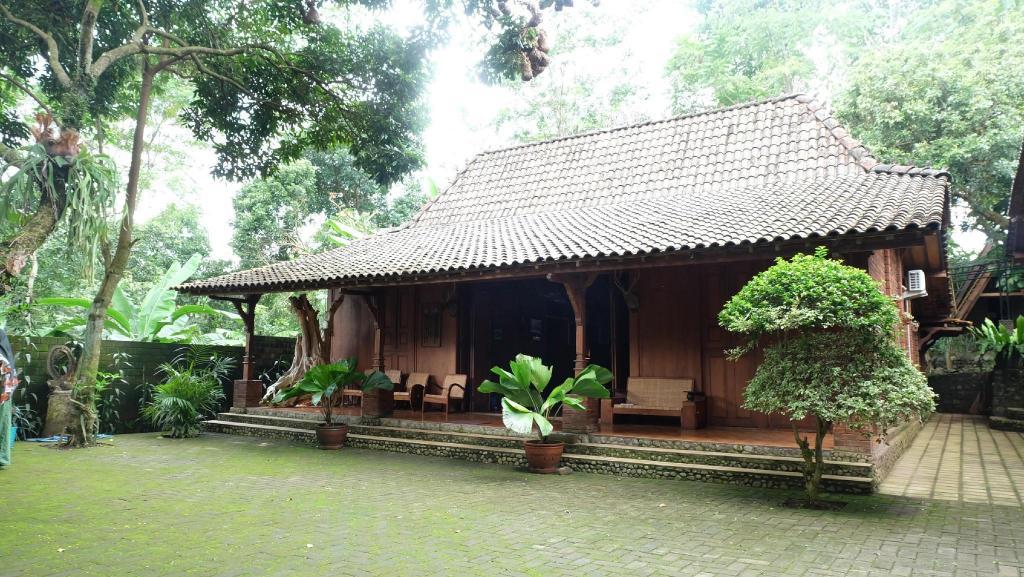 Villa Karang Kedempel Bandungan SimplyHomy (Bawah)