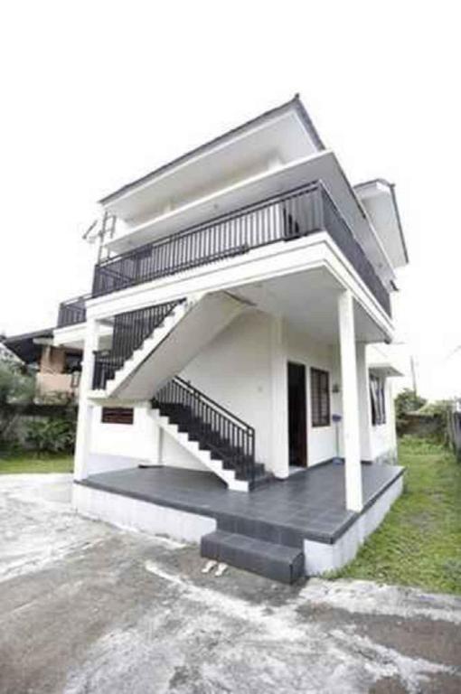 Villa Sari Manis LT 2