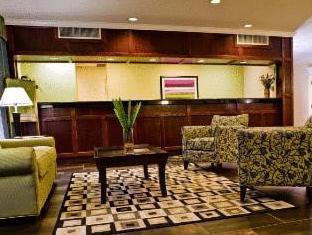 /la-quinta-inn-suites-baltimore-south-glen-burnie/hotel/glen-burnie-md-us.html?asq=jGXBHFvRg5Z51Emf%2fbXG4w%3d%3d