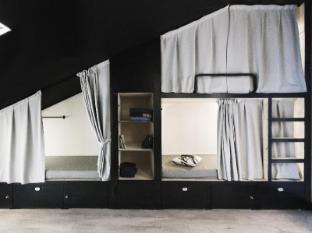/sputnik-hostel-and-personal-space/hotel/moscow-ru.html?asq=jGXBHFvRg5Z51Emf%2fbXG4w%3d%3d