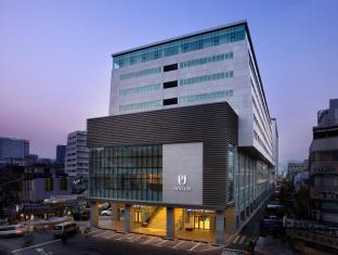 /hotel-pj-myeongdong/hotel/seoul-kr.html?asq=vrkGgIUsL%2bbahMd1T3QaFc8vtOD6pz9C2Mlrix6aGww%3d