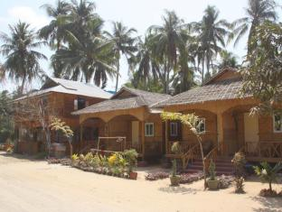 /soe-ko-ko-beach-house-restaurant/hotel/ngwesaung-beach-mm.html?asq=jGXBHFvRg5Z51Emf%2fbXG4w%3d%3d