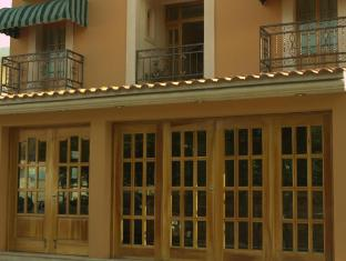 /cancun-international-suites/hotel/cancun-mx.html?asq=jGXBHFvRg5Z51Emf%2fbXG4w%3d%3d