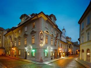 /pt-br/lokal-inn/hotel/prague-cz.html?asq=jGXBHFvRg5Z51Emf%2fbXG4w%3d%3d