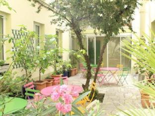 /hotel-kyriad-canal-saint-martin-republique/hotel/paris-fr.html?asq=jGXBHFvRg5Z51Emf%2fbXG4w%3d%3d