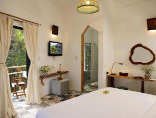 Stop and Go Boutique Hotel Since 1982