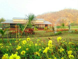 /taakradan-valley-hotel/hotel/si-sawat-kanchanaburi-th.html?asq=jGXBHFvRg5Z51Emf%2fbXG4w%3d%3d