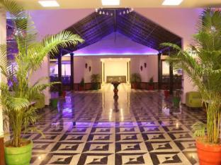 /the-grand-midway-hotel/hotel/gandhinagar-in.html?asq=jGXBHFvRg5Z51Emf%2fbXG4w%3d%3d