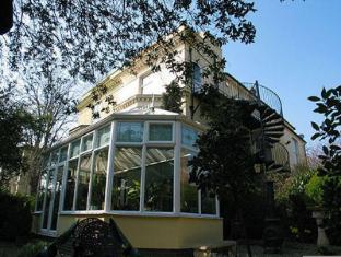 Nottingham Lodge