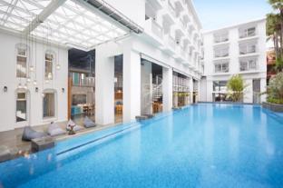 /vi-vn/lub-d-phuket-patong/hotel/phuket-th.html?asq=vrkGgIUsL%2bbahMd1T3QaFc8vtOD6pz9C2Mlrix6aGww%3d