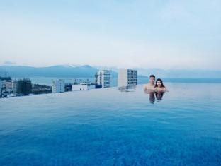 /queen-s-finger-hotel/hotel/da-nang-vn.html?asq=jGXBHFvRg5Z51Emf%2fbXG4w%3d%3d