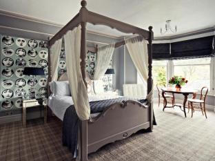 /hi-in/rum-doodle-bed-breakfast/hotel/windermere-gb.html?asq=jGXBHFvRg5Z51Emf%2fbXG4w%3d%3d