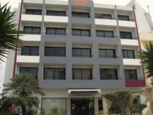 /dean-hamlet-hotel/hotel/st-julian-s-mt.html?asq=jGXBHFvRg5Z51Emf%2fbXG4w%3d%3d