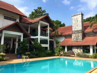 Chalet Hill Resort Khao Yai