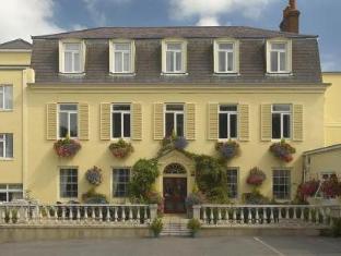 /de-de/les-rocquettes-hotel/hotel/saint-peter-port-gg.html?asq=jGXBHFvRg5Z51Emf%2fbXG4w%3d%3d