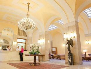 /hotel-vittoria/hotel/brescia-it.html?asq=jGXBHFvRg5Z51Emf%2fbXG4w%3d%3d