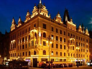 /pt-br/hotel-kings-court/hotel/prague-cz.html?asq=jGXBHFvRg5Z51Emf%2fbXG4w%3d%3d