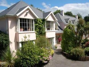 /the-grove-lodge-guesthouse-country-club/hotel/killorglin-ie.html?asq=jGXBHFvRg5Z51Emf%2fbXG4w%3d%3d