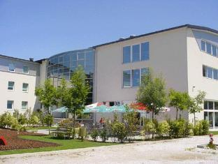 /bit-center-hotel/hotel/ljubljana-si.html?asq=jGXBHFvRg5Z51Emf%2fbXG4w%3d%3d