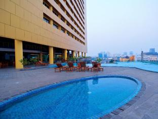/merlynn-park-hotel/hotel/jakarta-id.html?asq=TTcQuI1wLNt9y1461%2fTkq8KJQ38fcGfCGq8dlVHM674%3d