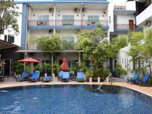/the-billabong-hotel-hostel/hotel/phnom-penh-kh.html?asq=jGXBHFvRg5Z51Emf%2fbXG4w%3d%3d