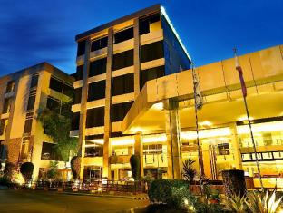 /the-ritz-hotel-at-garden-oases/hotel/davao-city-ph.html?asq=jGXBHFvRg5Z51Emf%2fbXG4w%3d%3d