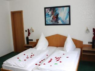 Mainbogen Hotel