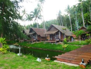 /th-th/coco-cottage-resort/hotel/koh-ngai-trang-th.html?asq=CQJxCrktd2AVOkls1dmTNsKJQ38fcGfCGq8dlVHM674%3d