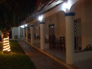 /hotel-plaza-almendros/hotel/cancun-mx.html?asq=jGXBHFvRg5Z51Emf%2fbXG4w%3d%3d
