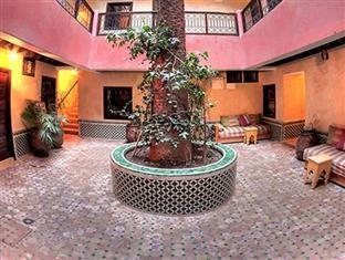 /djemaa-el-fna-hotel-cecil/hotel/marrakech-ma.html?asq=vrkGgIUsL%2bbahMd1T3QaFc8vtOD6pz9C2Mlrix6aGww%3d