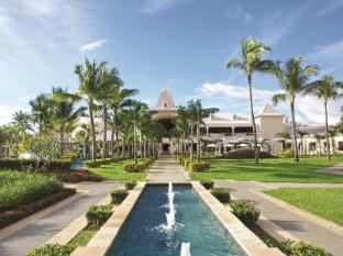 /sugar-beach-golf-spa-resort/hotel/mauritius-island-mu.html?asq=jGXBHFvRg5Z51Emf%2fbXG4w%3d%3d