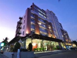 /mayflower-grande-hotel/hotel/chiang-mai-th.html?asq=jGXBHFvRg5Z51Emf%2fbXG4w%3d%3d