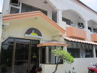 /pleasant-travelers-pension-house/hotel/bacolod-negros-occidental-ph.html?asq=jGXBHFvRg5Z51Emf%2fbXG4w%3d%3d