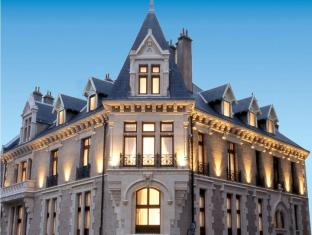 /privilodges-chateau-perrin/hotel/grenoble-fr.html?asq=jGXBHFvRg5Z51Emf%2fbXG4w%3d%3d