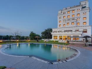 Hotel Royal Sarovar Portico - Siliguri