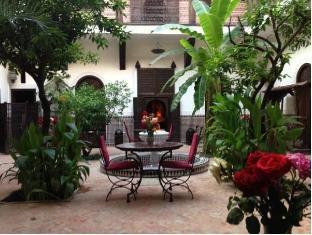 /riad-ilayka/hotel/marrakech-ma.html?asq=vrkGgIUsL%2bbahMd1T3QaFc8vtOD6pz9C2Mlrix6aGww%3d