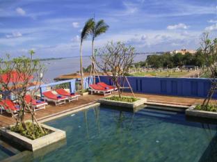 /frangipani-royal-palace-hotel/hotel/phnom-penh-kh.html?asq=5VS4rPxIcpCoBEKGzfKvtIGccBdH%2bg5ww66KuTWLfU0%3d