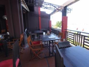 Tonle Khmer Guesthouse & Restaurant