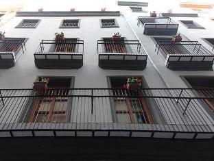/flatsforyou-sorolla-house/hotel/valencia-es.html?asq=vrkGgIUsL%2bbahMd1T3QaFc8vtOD6pz9C2Mlrix6aGww%3d