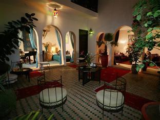 /riad-les-trois-mages/hotel/marrakech-ma.html?asq=vrkGgIUsL%2bbahMd1T3QaFc8vtOD6pz9C2Mlrix6aGww%3d
