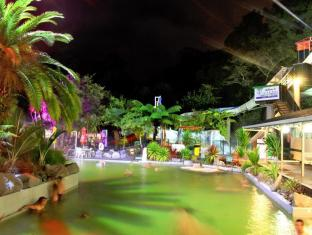 /taupo-debretts-spa-resort/hotel/taupo-nz.html?asq=vrkGgIUsL%2bbahMd1T3QaFc8vtOD6pz9C2Mlrix6aGww%3d