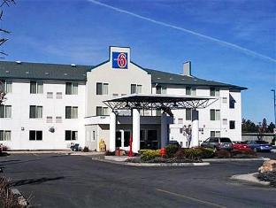 /motel-6-redmond/hotel/redmond-or-us.html?asq=jGXBHFvRg5Z51Emf%2fbXG4w%3d%3d