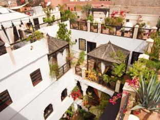 /riad-dar-el-souk/hotel/marrakech-ma.html?asq=vrkGgIUsL%2bbahMd1T3QaFc8vtOD6pz9C2Mlrix6aGww%3d