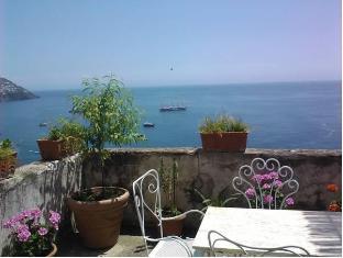 /it-it/villa-nettuno/hotel/positano-it.html?asq=jGXBHFvRg5Z51Emf%2fbXG4w%3d%3d